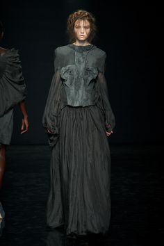 Yiqing Yin Fall/winter 2012-2013  8