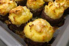 Fırında köfte çanağında muskatlı zerdeçallı patates