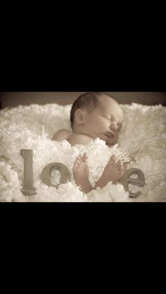 Infant photo ideas. Absolutely LOVE this!(: