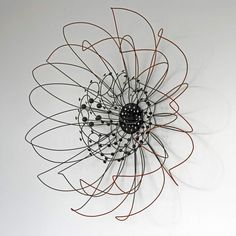 Cyber Flora :: Polychromatic Line Sculpture Series (Wire Sculptures) Line Sculpture, Wire Art Sculpture, Metal Sculptures, Abstract Sculpture, Bronze Sculpture, Sculptures Sur Fil, Stylo 3d, Art Fil, Wire Drawing