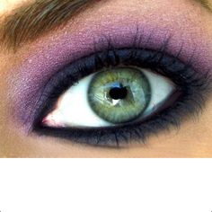 Purple eyeshadow for blue eyes