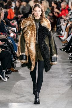 Sacai Fall 2019 Ready-to-Wear Collection - Vogue
