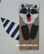 There is also a wolf puppet on this site -easy child crafts.