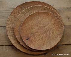 """[FIND] I love the """"wabi sabi-ness"""" of these wooden plates. And wood naturally retards bacteria."""