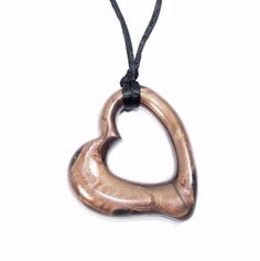 Chocolate lustre heart teething necklace by Gumigem