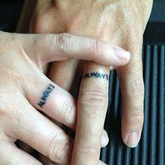 As melhores tatuagens de aliança de casamento 22