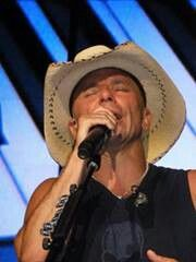KC Male Country Singers, Country Artists, Kenney Chesney, No Shoes Nation, Real Country Girls, Love You Babe, Country Music Stars, Famous Models, Music People