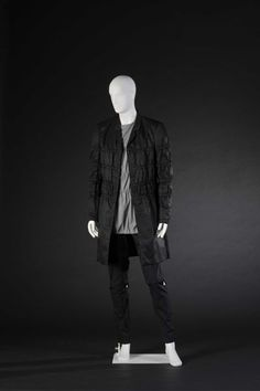 Ensemble designed by Raf Simons, 2008. Courtesy Modemuseum Hasselt, all rights reserved.