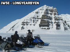HF radio conditions from 78°N can be really difficult. Operation was from the JW5E Longyearbyen club-station ...
