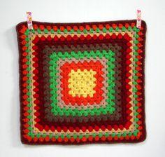 Napperon carré au crochet