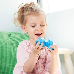 The Rainbow Dino Mix and Match set is a very simple yet developmental activity which allows young toddlers to enhance their shape recognition, color identification, hand-eye coordination and fine motor skills.#educationaltoys #learningthroughplay #playbasedlearning #babytoys #mainananak #mainanbayi #toys #toy #baby Toddler Toys, Baby Toys, Kids Toys, Short Women Fashion, Toddler Fashion, Learning Toys, Learning Resources, Learning Through Play, Fine Motor Skills