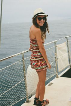 Whale Watching: Hawaii Outfit 5 - Twenties Girl Style