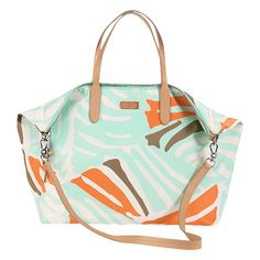 Loving the colors on this tote! #wanderingsole