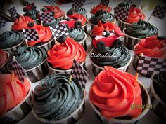 Losing Race Cupcakes - by on 17 Birthday Cake, Race Car Birthday, Race Car Party, Racing Cake, Race Car Cakes, Car Themed Parties, Cars Birthday Parties, Baby Shower Cupcakes, Cupcake Party