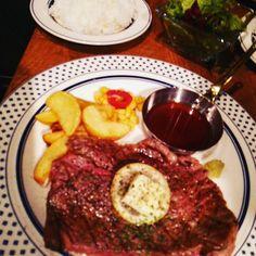#29日 #8時 #ごりっぷ #golip #渋谷 #道玄坂 に #オープン🎵 #ひとあしおさきに #ランチ #メニュー #戴きました ❤ #普段 は #熟成肉 を #とりあつかい 、#ランチ は #お安くを #目指して #写真の #menu は #濃厚な #赤身 #肉 #ショルダーロースステーキ #lunch は #なんと #1000 円 。#美味しい 🙌✨ #是非💕