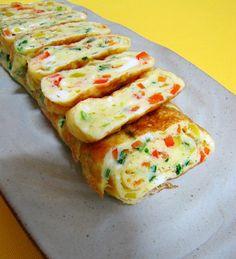folded egg roll