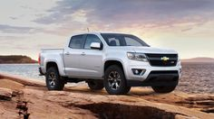 New 2016 CHEVROLET COLORADO CREW CAB SHORT BOX 4-WHEEL DRIVE Z71! Save $4000! MSRP $37,805 bonus tag sale priced at $33,805! Hurry in!