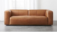 Choosing A Leather Sofa. Improve your interior decor with a brand new couch. Considering the variety of models to select from choosing the right sofa can be challenging. It is usually a good idea to check out a few choices before choosing a sofa.