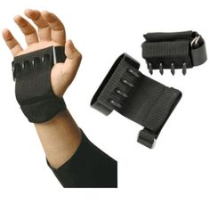 This is a Ninja Shuko Climbing Claws Set. Traditional Ninja Climbing Tool Designed To Be Worn On The Hands For Climbing. Ninja Hand Climbing Claws Set of Two. The Ninja hand claw set is made from Steel. Tactical Survival, Survival Gear, Tactical Gear, Survival Skills, Survival Weapons, Tactical Clothing, Hidden Weapons, Self Defense Weapons, Weapon Concept Art