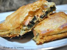 Hojaldre de salmón con espinacas cremosas - Puff pastry salmon with creamy spinach