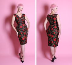 PERFECTION 1950's Inky Black Pure Silk Hourglass Cocktail Dress w/ Gorgeous Painted Crimson Red Roses Print - Shelf Bust - Mint - Size M