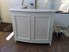 French Style Shabby Chic L shape Reception Desk / Retail Cash Desk with moulded panel front detail painted linen white.: