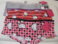 HELLO KITTY  PANTIES SIZE S 5 or M 6 NWT Gray with Glittery Bow