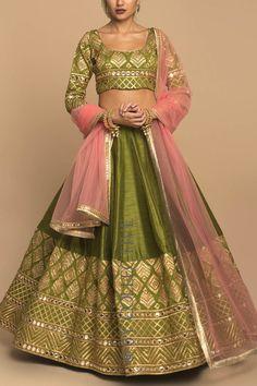 Olive & Pink Mirrorwork L Mehendi Outfits, Indian Bridal Outfits, Indian Designer Outfits, Designer Bridal Lehenga, Bridal Lehenga Choli, Indian Lehenga, Party Wear Lehenga, Party Wear Dresses, Wedding Dresses