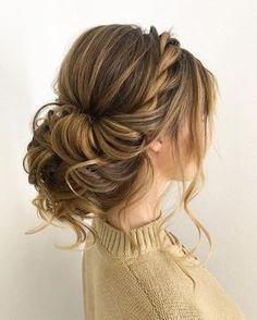 Twisted wedding updos for medium length hair,wedding updos,updo hairstyles,prom hairstyles #updos #hairstyles #bridehair #weddinghairstyles