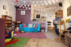 Bubbahub cafe, bedminster, southville, Bristol, family-friendly - http://www.bristolwithkids.co.uk/2014/02/bubbahub-north-street.html #familyroomdesignkidfriendly