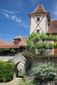 Loubressac, Lot, Midi-Pyrenees_ France