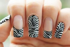Animal print nail designs for beginners and professionals, step-by-step tutorials, leopard nail designs, zebra stripes, tiger style. How to make animal print na Leopard Nail Designs, Animal Nail Designs, Animal Nail Art, Long Nail Designs, Zebra Nail Art, Funky Nail Art, Leopard Print Nails, Ongles Funky, Pedicure Nails