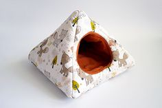 cosy cuddle pyramid for guinea pigs foxes/terracotta by TheCosyHut
