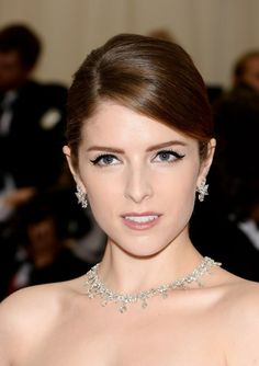 Anna Kendrick | The 30 Most Dazzling Beauty Looks At The Met Gala