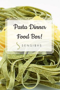This box contains all you need for a delicious pasta dinner! Discover it on Sensibus! #italianfood #food #snack #shopping #giftbaskets #foodbox #italianfoodbox #recipes #gourmetfood #gourmet