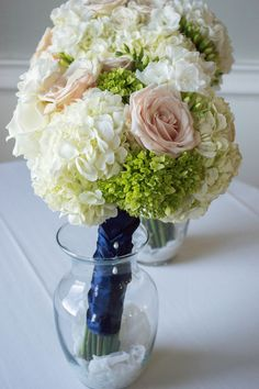 ©CCoP, Beautiful bridal bouquets at The Country Club of Pittsfield, MA. #countryclubofpittsfield, #springweddings2016