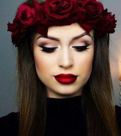 Traditionnel et romantique: le rouge à lèvres rouge