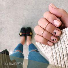 Nail Art que te dejará con la boca abierta y algunos consejos para cuidar tus uñas... ➡️ Link en bio #SalermCosmetics #SalermBeauty #Esmaltes #Uñas #Belleza #Beauty #NailArt #Nails #PintaUñas #Tendencias #Trends