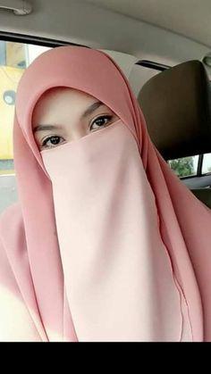 Beautiful Hijab Girl, Beautiful Muslim Women, Niqab Fashion, Muslim Fashion, Face Veil, Hijab Niqab, Muslim Girls, Hijabs, Veils