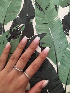 Hermosos estilos de uñas muy naturales http://beautyandfashionideas.com/hermosos-estilos-de-unas-muy-naturales/ #Hermososestilosdeuñasmuynaturales #Nails #nailsdesigns #naturalnails