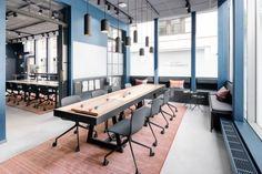 블루컬러의 창업 에이전시 사무실인테리어스웨덴의 창조적인 허브와 상호작용을 위한소매점 창업 ...