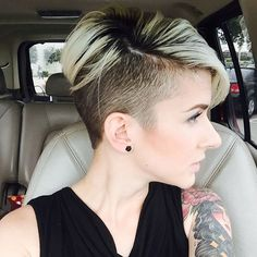 This makes me want to shave my sides again #yes or #no #undercut                                                                                                                                                                                 More