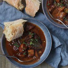 Oksegryde med rødvin Beef, Ethnic Recipes, Meat, Steak