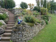 Mägenwiler Muschelkalk Trockenmauer (Landscape Step Design)