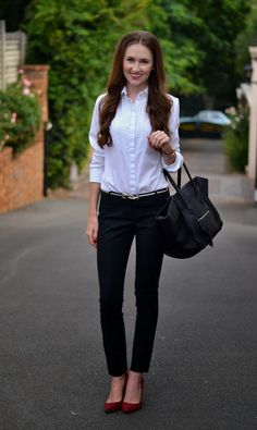 WORK OUTFIT: Very simple but classy outfit with black cigarette pants, white blouse and red pumps