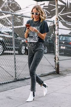 Graphic tee with black jeans and white boots inspiration edgy casual ANINE BING Official Site Outfit Jeans, Heels Outfits, Jean Outfits, Casual Outfits, Fashion Outfits, Fashion Teens, Prep Fashion, School Outfits, Black Tee Outfit