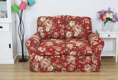 Bordowa kanapa ze ściąganym pokrowcem   http://blackcatdesign.com.pl/p/1569/3888/rozkladana-sofa-z-falbana-bordowe-roze-flower-146-cm-fs-styl-prowansalski-style.html
