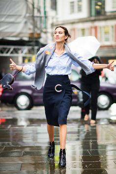 Alexa Chung street style from London Fashion Week