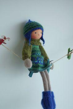 Gestrickte Puppe Theresa 14 Peperuda Dolls von danielapetrova