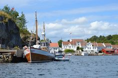 Experience the skerries in Southern  Norway. It´s best seen from a boat.   Photo: Elisabeth Høibo©Visit Southern Norway